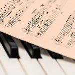 欧州ジャズピアノ界の貴公子はガチのアニメオタク!?【アニメッシ】